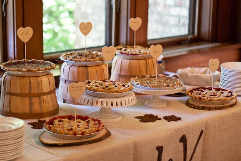 My Rustic Pie Table : My Rustic DIY Post Wedding Inspiration ...